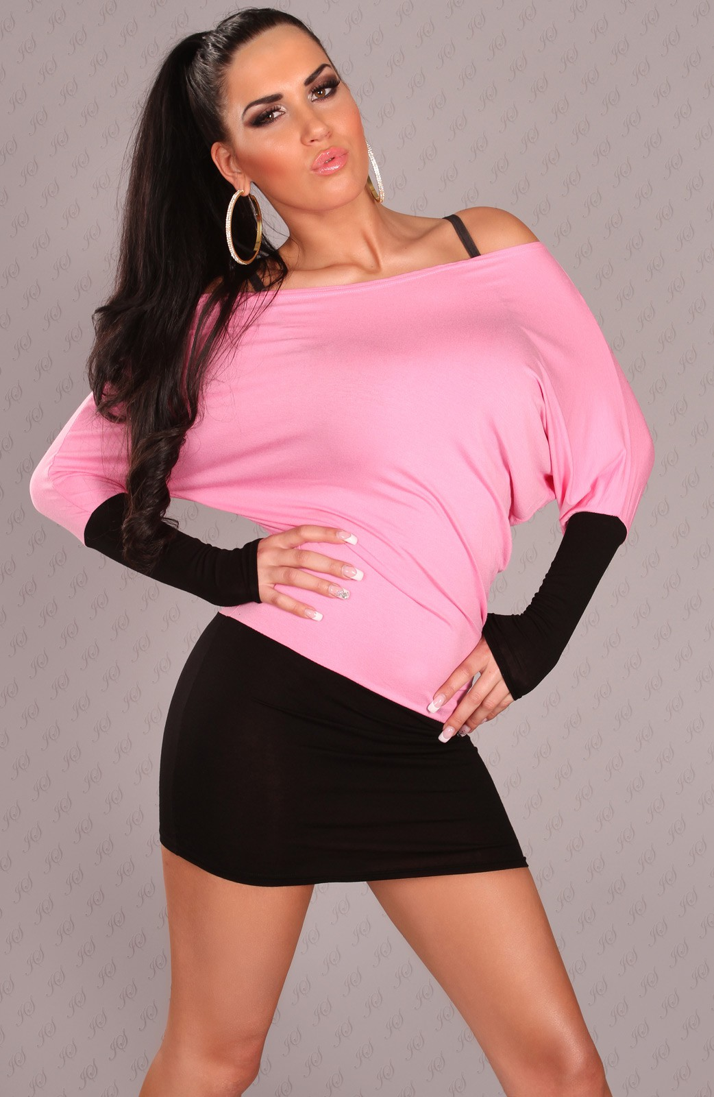 Black-Pink Two-Color Off-Shoulder Dress