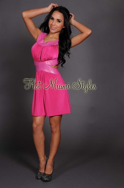 Fuchsia Key-Hole Bust Grecian Sleeveless Dress