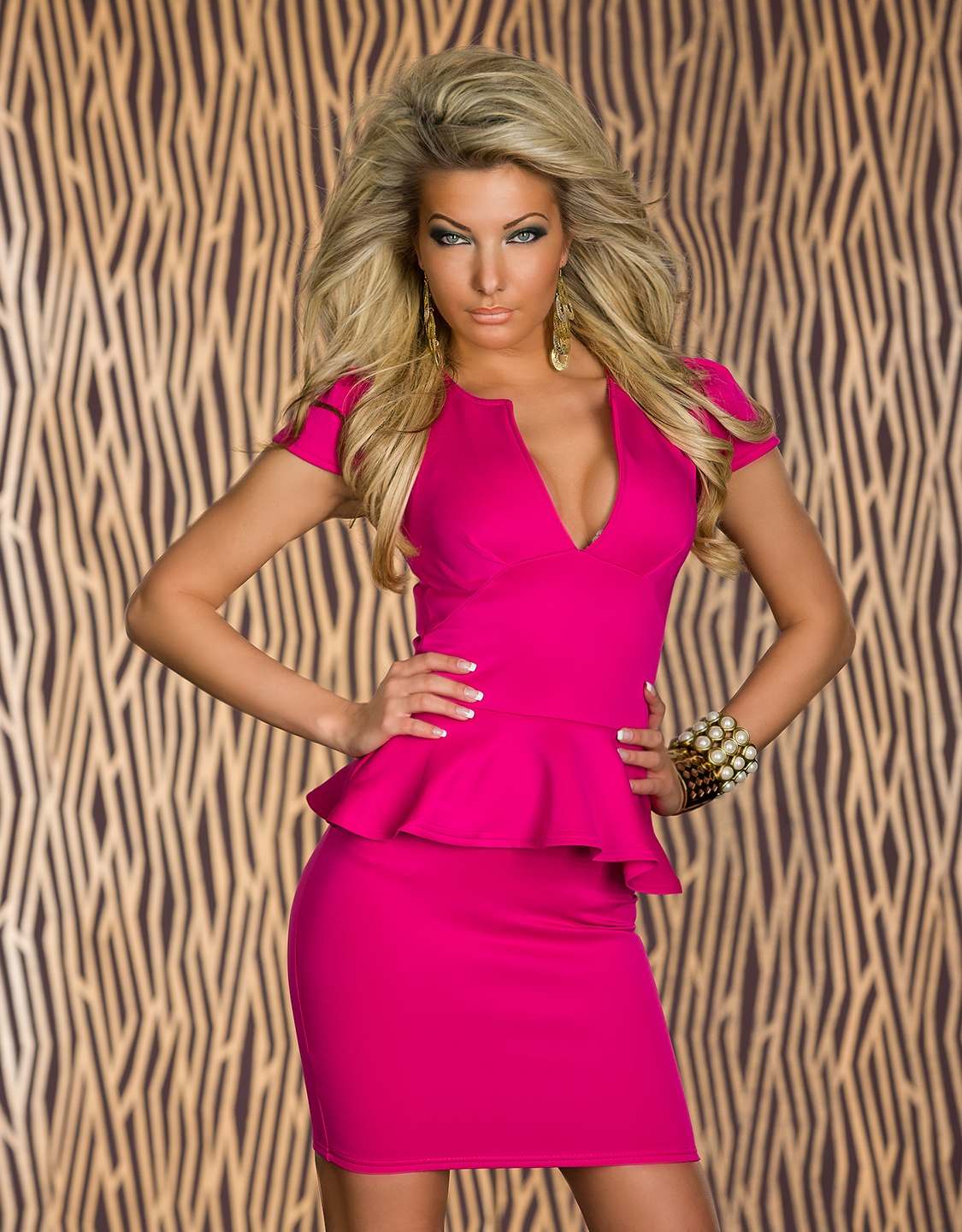 Pink Cut Low-Necked Peplum Dress With Short Sleeves