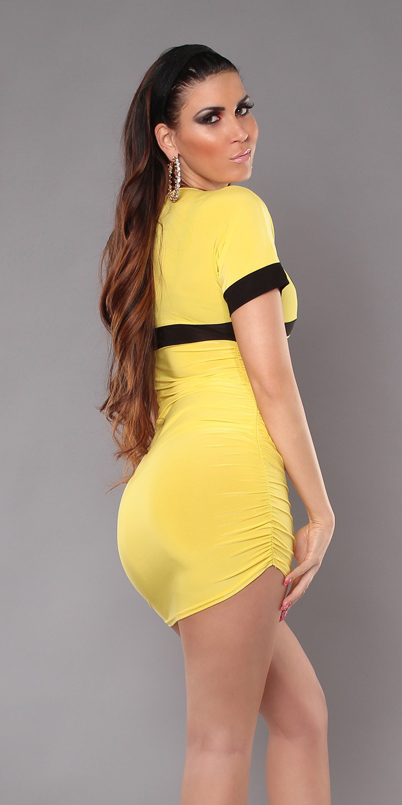 Yellow Sexy Minidress With V-neck